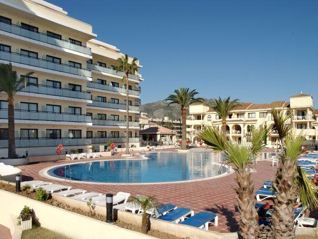 Torremolinos Spain  city photos : Puente Real Hotel, Torremolinos, Costa del Sol, Spain. Book Puente ...