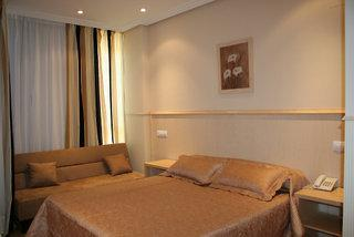 A&H Suites Madrid Hotel