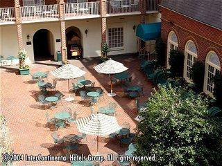 Holiday Inn Select Old Town Alexandria Hotel