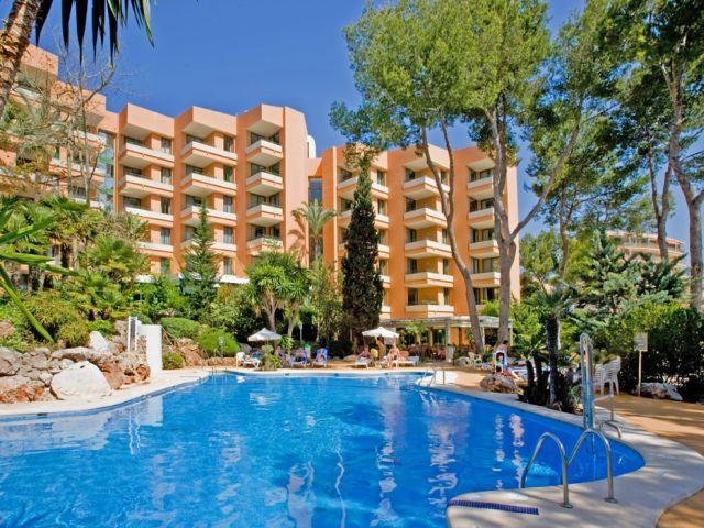 Globales Nova Apartments, Palma Nova, Majorca, Spain. Book ...