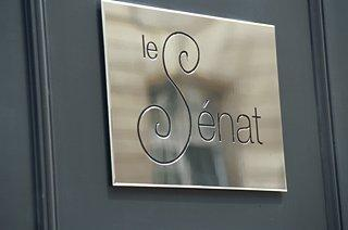 Le Senat Hotel