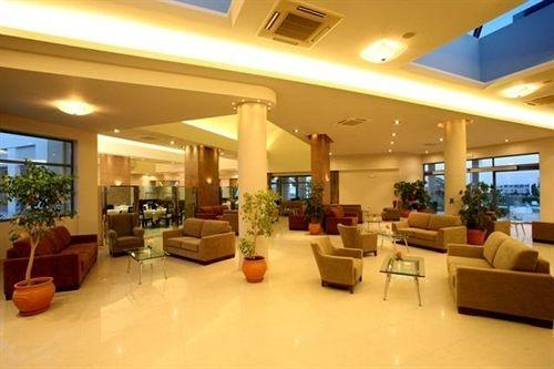 Lakitira Suites Hotel