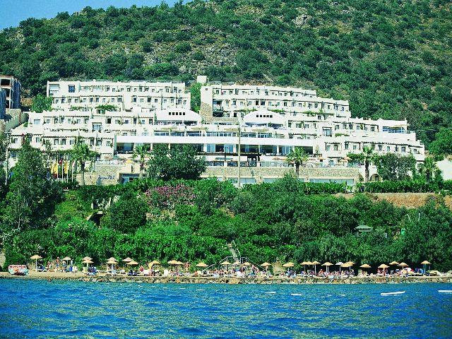 bodrum black singles When you book your daily aqua park bodrum tour with us, you have our   special sound and light effects of black hole will drift you in a new dimension.