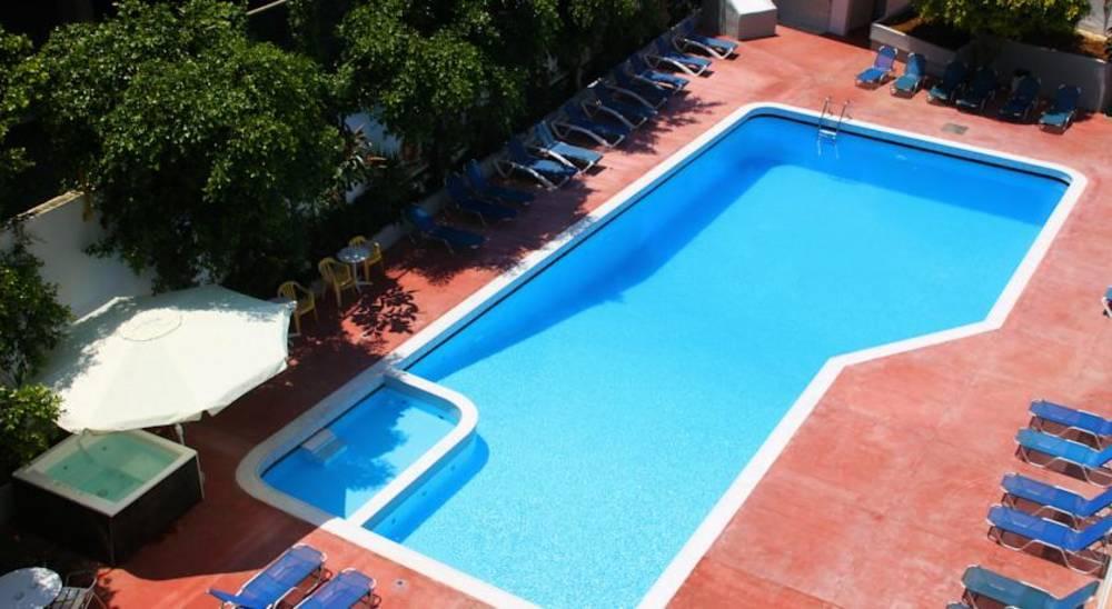 Holidays at Porto Plazza (ex Dimitrion Hotel) in Hersonissos, Crete