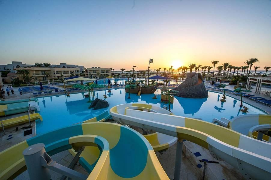 Holidays at Royal Albatros Moderna Hotel in Nabq Bay, Sharm el Sheikh