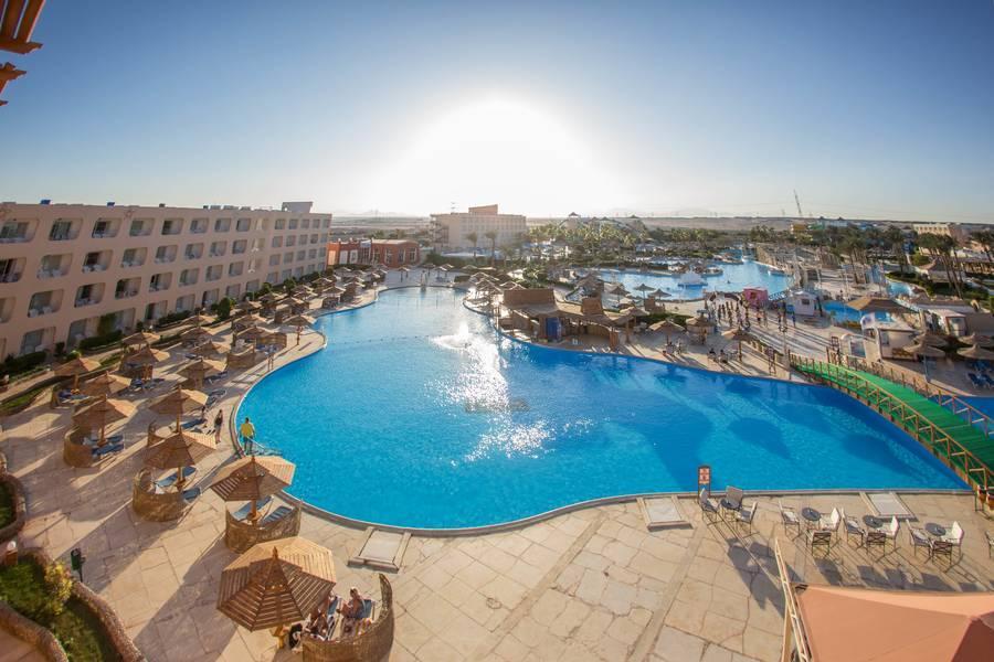 Holidays at Titanic Resort & Aquapark in Safaga Road, Hurghada