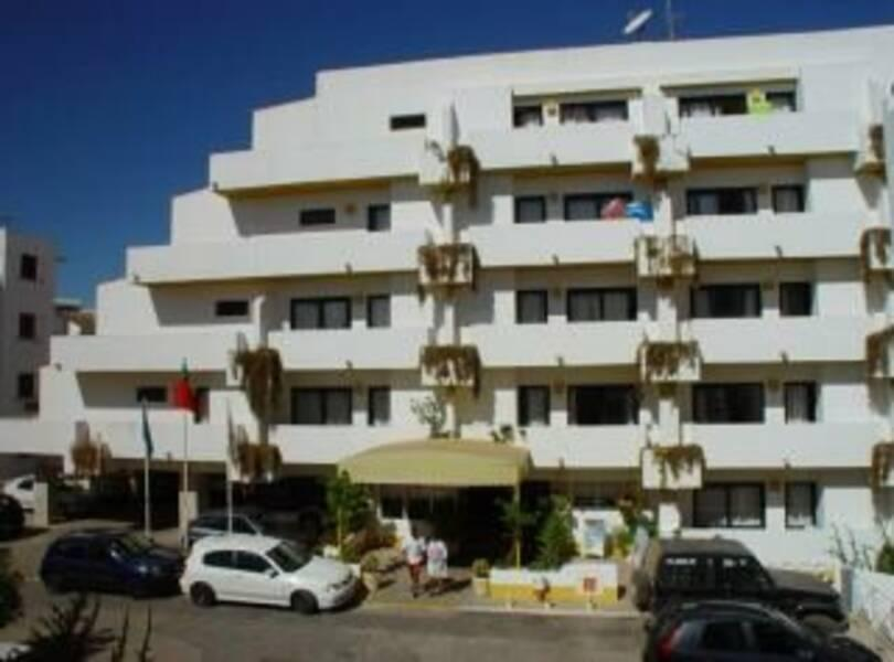 Holidays at Cheerfulway Ouranova in Albufeira, Algarve