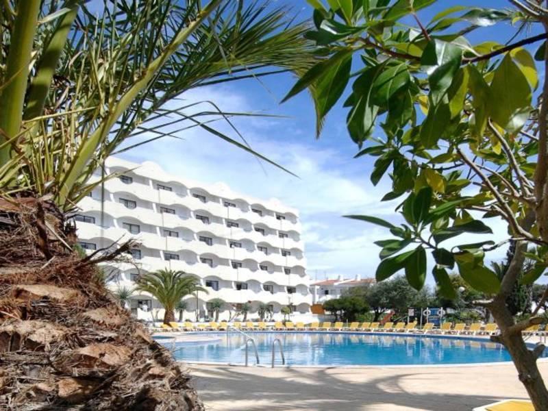 Holidays at Vila Gale Atlantico Hotel in Gale, Algarve
