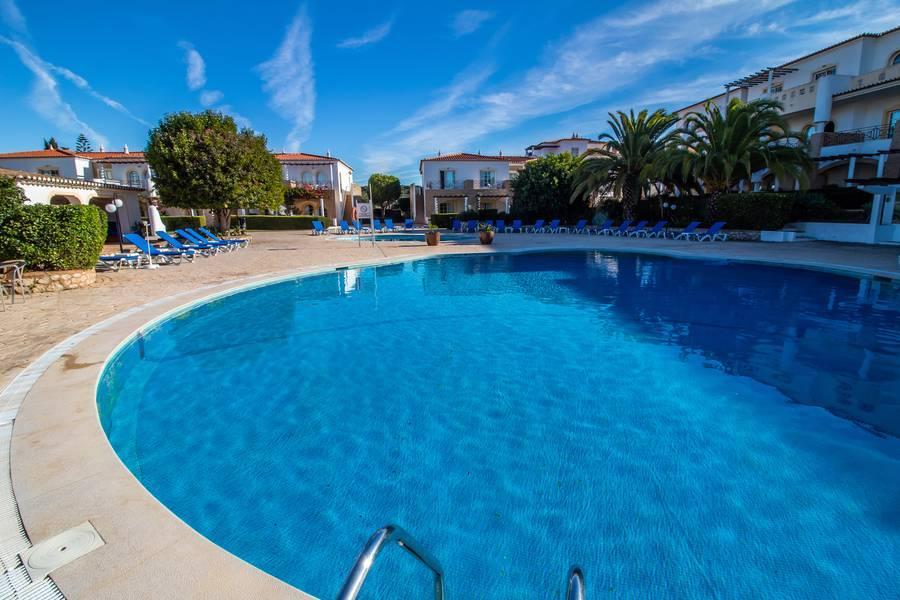 Holidays at Luz Bay Hotel in Praia da Luz, Algarve