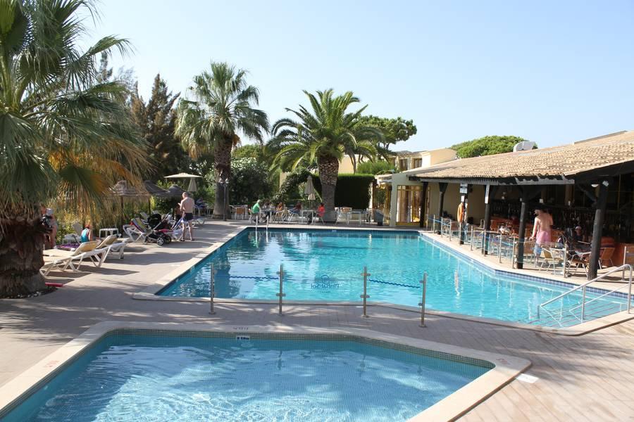 Holidays at Pinhal Do Sol Hotel in Quarteira, Algarve