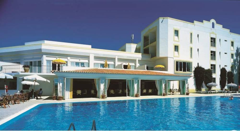Holidays at Dona Fillipa and San Lorenzo Golf Resort in Vale Do Lobo, Algarve
