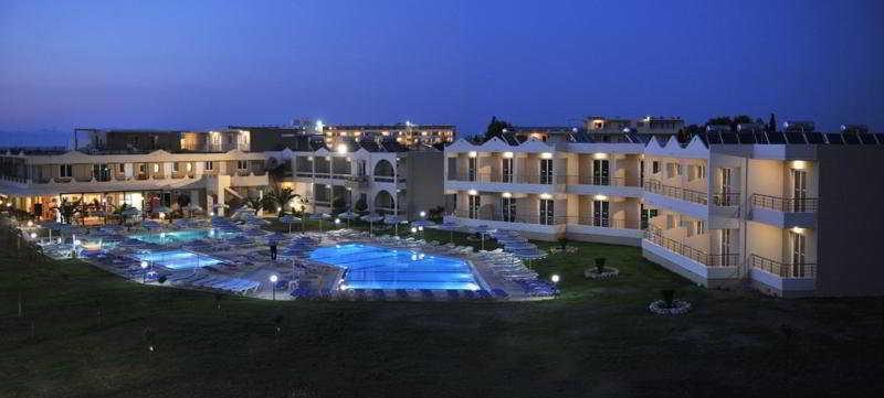 Holidays at Emerald Hotel Apartments in Kremasti, Rhodes