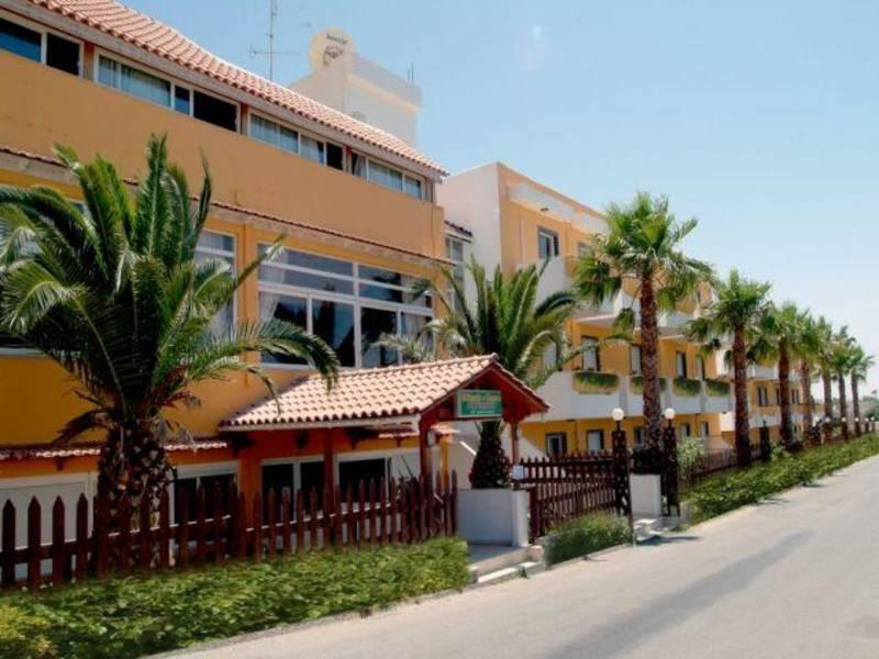 Holidays at Sunny Days Apartments in Tingaki, Kos