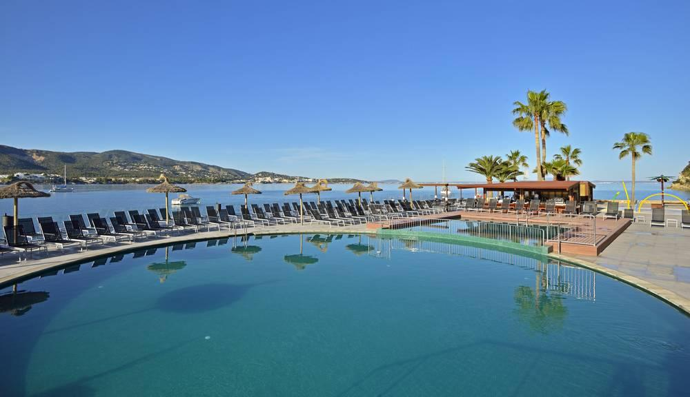 Holidays at Alua Hawaii Mallorca & Suites in Palma Nova, Majorca