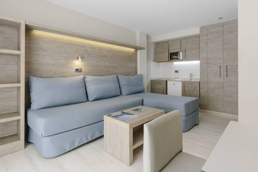 Intertur Hawaii Torrenova Apartments, Palma Nova, Majorca ...