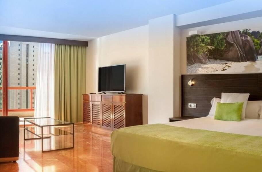 Magic monika holidays aparthotel benidorm costa blanca - Apartamentos magic monika holidays ...