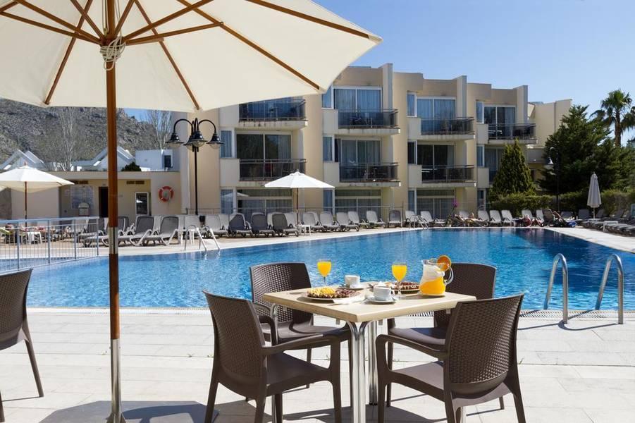 Holidays at Duva Apartments in Puerto de Pollensa, Majorca