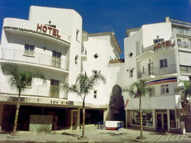 Holidays at Kristal Hotel in Torremolinos, Costa del Sol