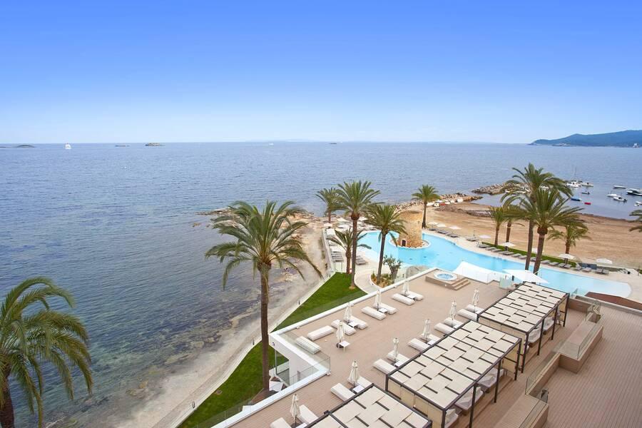 Torre del mar hotel playa d 39 en bossa ibiza spain book torre del mar hotel online for Cerrajero torre del mar