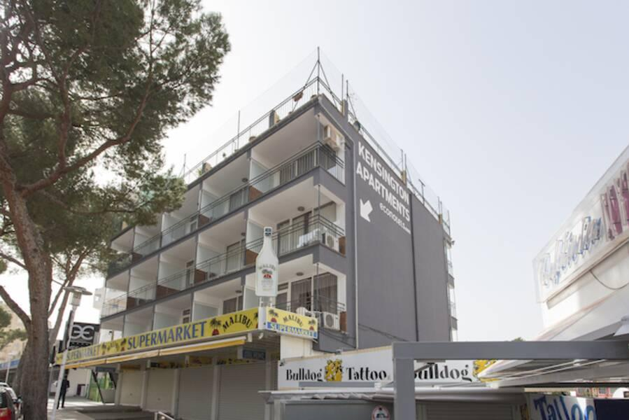 Holidays at Econotel Kensington Apartments in Magaluf, Majorca