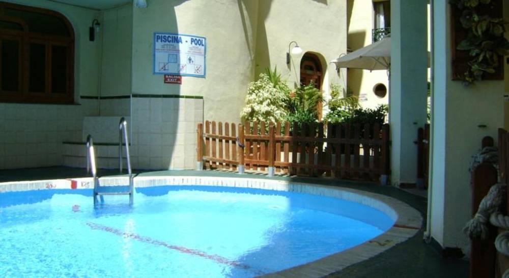 Holidays at Mediterraneo Apartments in Nerja, Costa del Sol