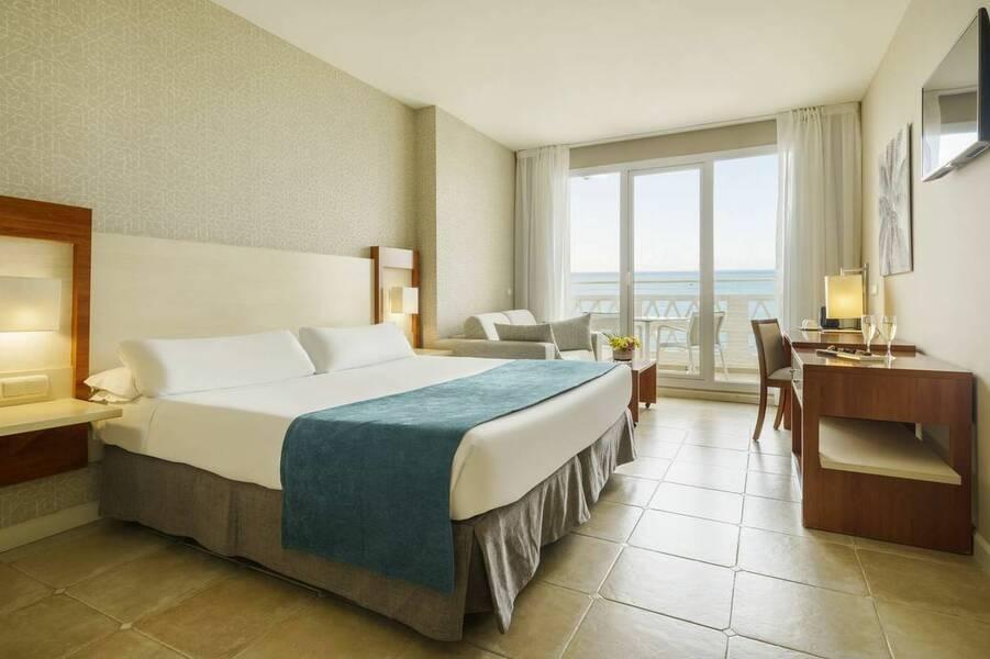 Ilunion fuengirola hotel fuengirola costa del sol spain for Hotel del sol