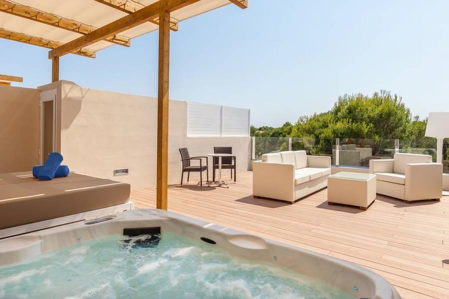 Holidays at Viva Mallorca Aparthotel in Ca'n Picafort, Majorca
