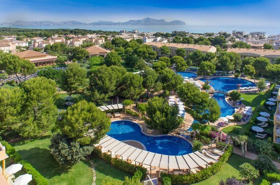 Holidays at Zafiro Mallorca Aparthotel in Ca'n Picafort, Majorca