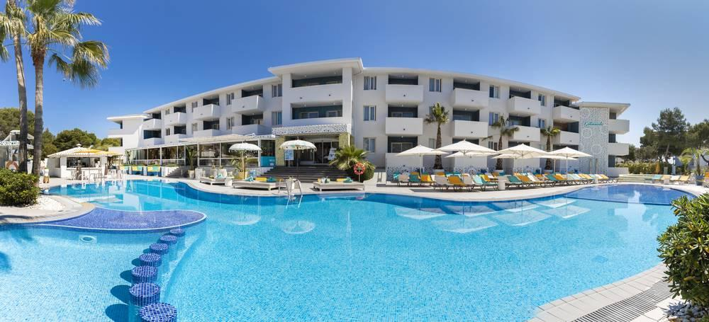 Holidays at Sotavento Club Apartments in Magaluf, Majorca