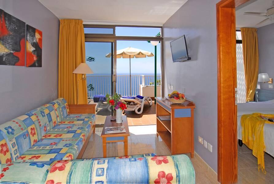 Altamar Aparthotel, Puerto Rico, Gran Canaria, Canary Islands. Book Altamar Aparthotel online