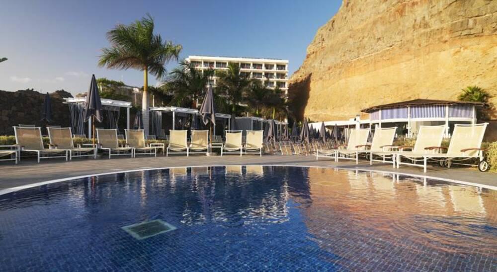 Holidays at Marina Suites Aparthotel in Puerto Rico, Gran Canaria