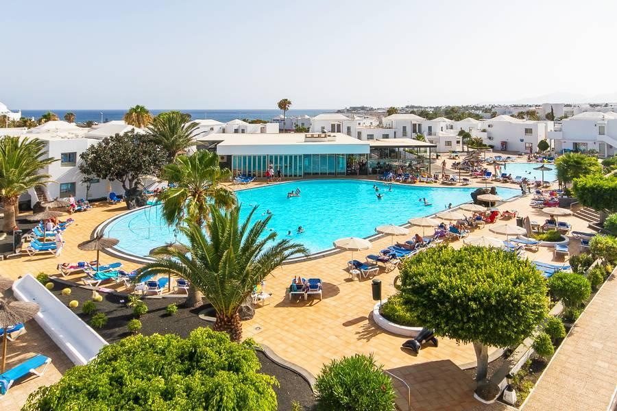 Holidays at Floresta Aparthotel in Playa de los Pocillos, Lanzarote