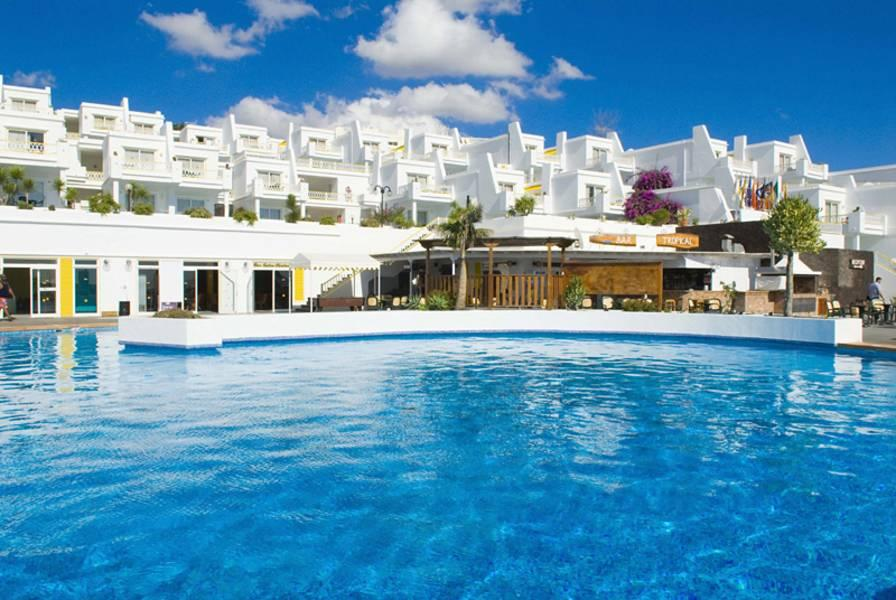 Holidays at BelleVue Aquarius Apartments in Puerto del Carmen, Lanzarote