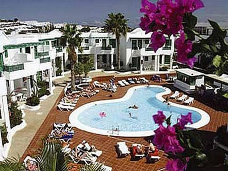 Holidays at Luz Y Mar Apartments in Puerto del Carmen, Lanzarote
