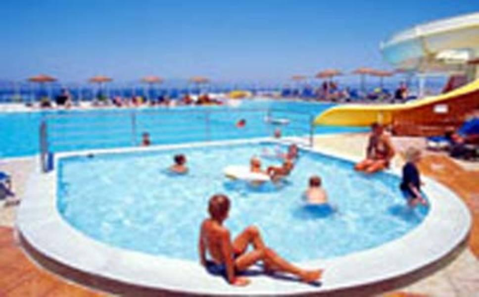 Holidays at Kipriotis Panorama Aqualand in Psalidi, Kos