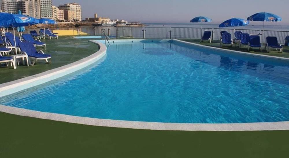 Holidays at Plevna Hotel in Sliema, Malta