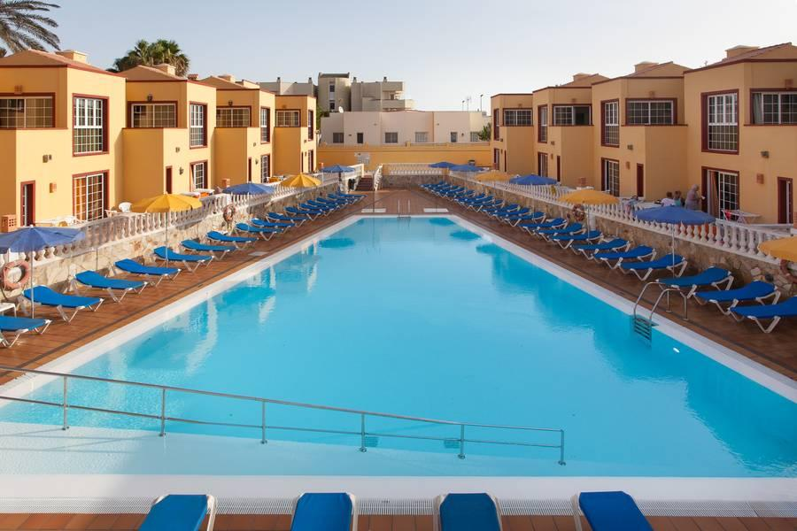 Holidays at Maxorata Beach Apartments in Corralejo, Fuerteventura