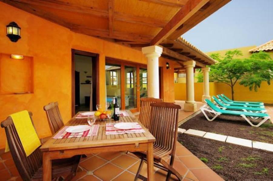 Holidays at Brisas Del Mar Villas in Corralejo, Fuerteventura