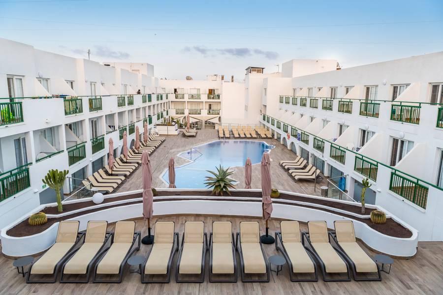 Holidays at Dunas Club Apartments in Corralejo, Fuerteventura
