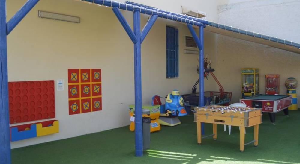 Natural park apartments puerto rico gran canaria canary for Gran canaria padel indoor
