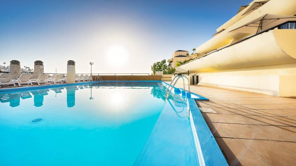 Holidays at Roslara Apartments in Puerto Rico, Gran Canaria