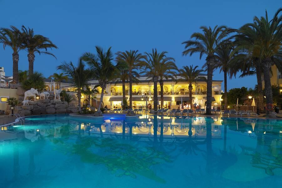 Gran Oasis Resort Apartments Playa De Las Americas Tenerife Canary Islands Book Gran Oasis