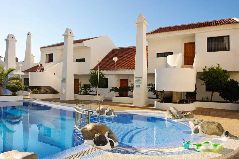 Holidays at Garajonay Apartments in San Eugenio, Costa Adeje