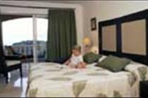El Nautico Suites Hotel