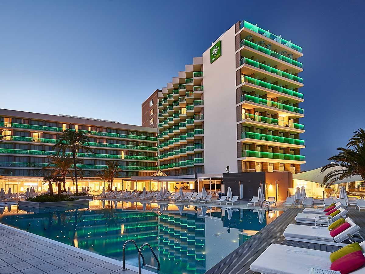 Protur playa cala millor hotel cala millor majorca for Hotel de diseno mallorca