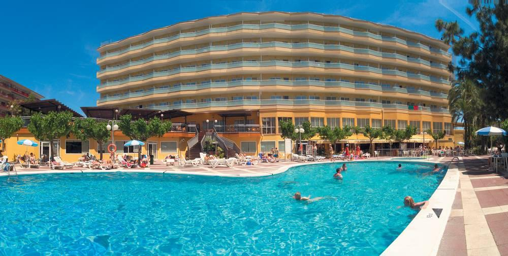 Holidays at Medplaya Calypso Hotel in Salou, Costa Dorada