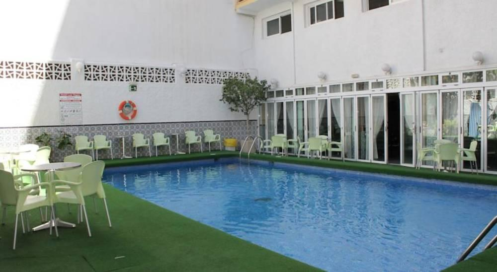 Holidays at Las Vegas Hotel in Benidorm, Costa Blanca