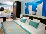 Jacuzzi Sea View Double / Twin Room in Villa Del Mar Hotel