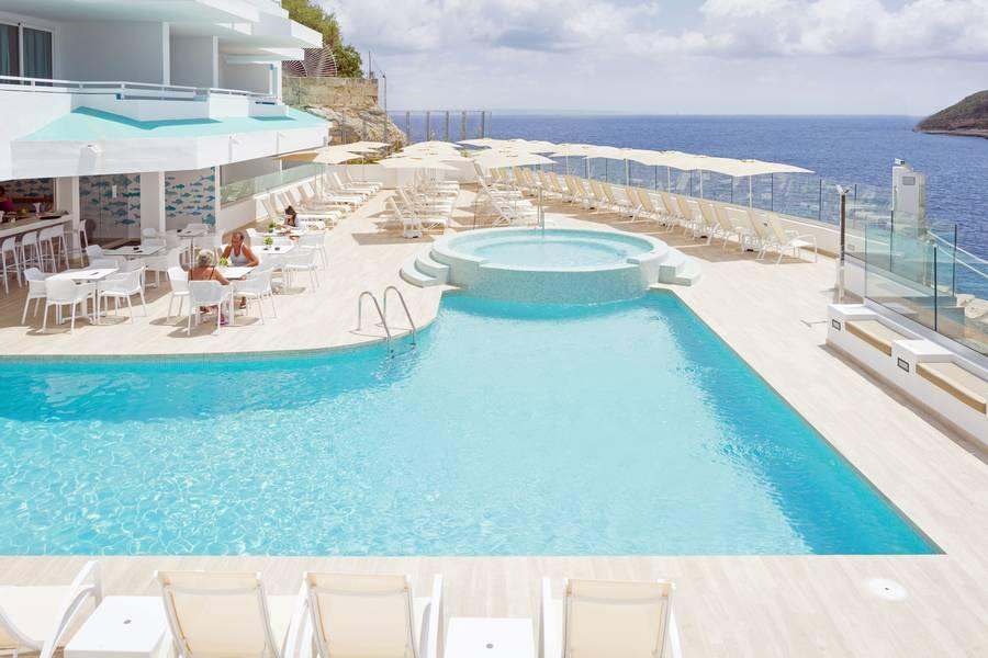 Holidays at HSM Sandalo Beach Hotel in Magaluf, Majorca