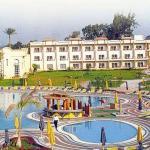 Cataract Pyramid Resort Picture 10